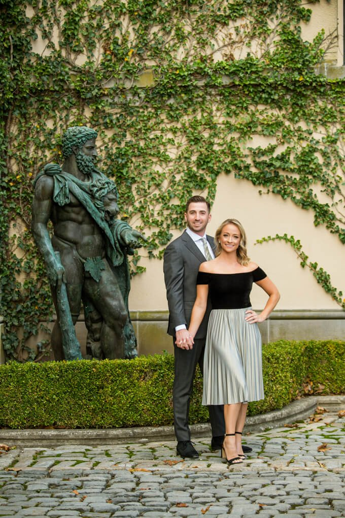 Oheka Castle statue with couple
