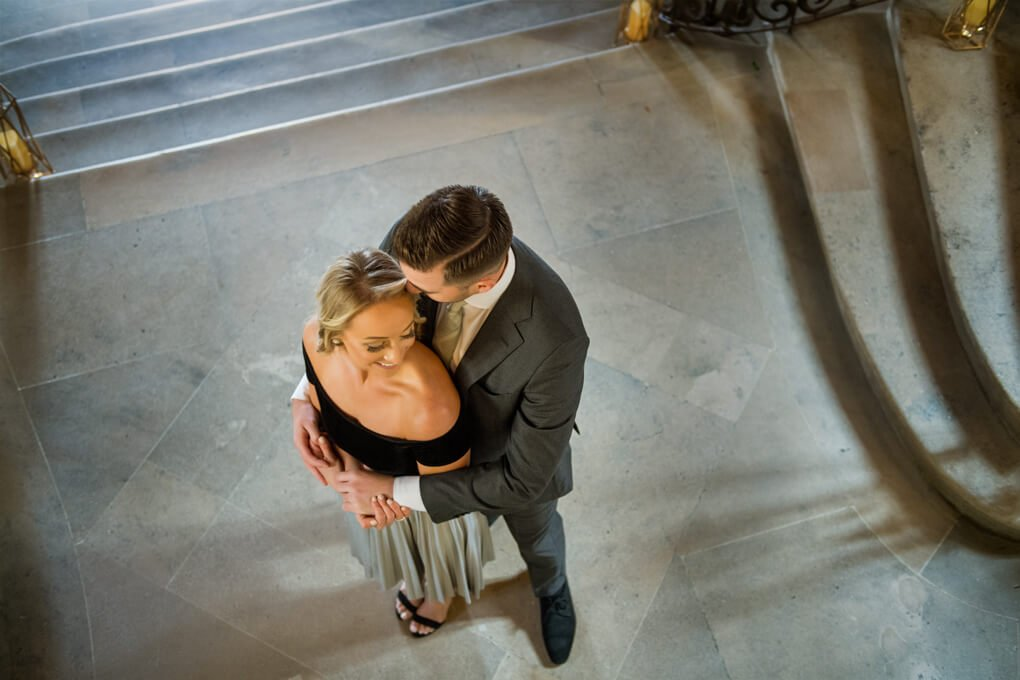 Couple at Oheka Castle stairs