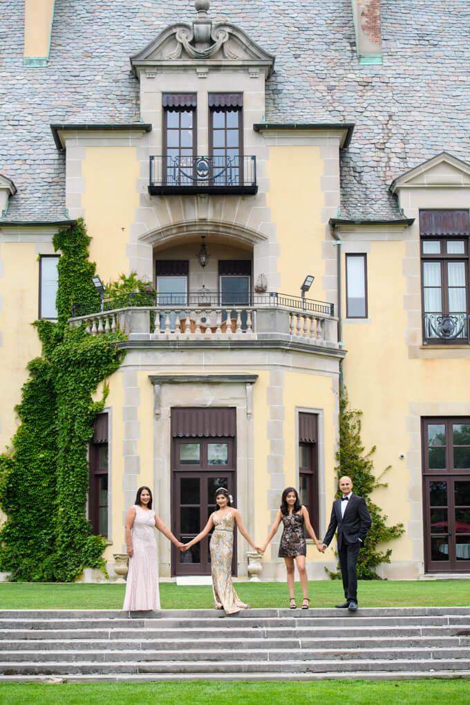 Oheka Castle family portrait