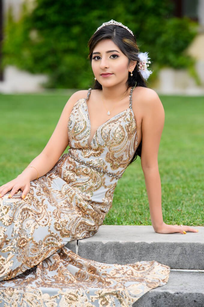 Sweet 16 birthday girl at Oheka Castle grounds